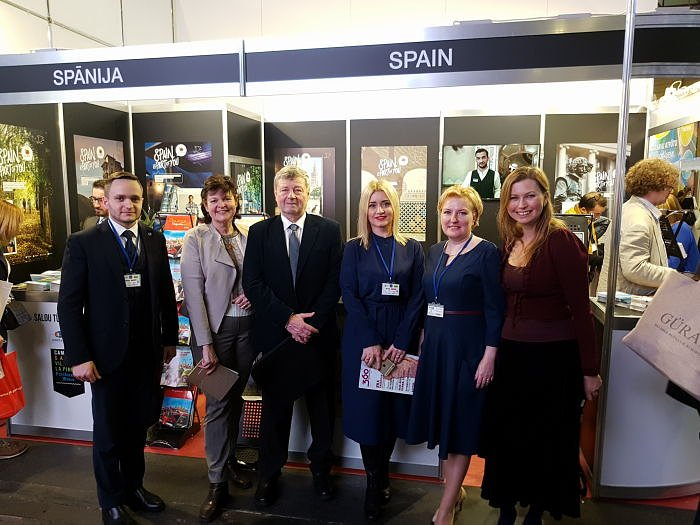 Balttour 2018 members of the club at the stand of Spain and Catalonia