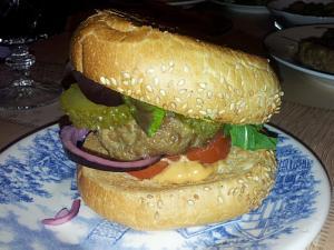 Такой гамбургер кажды может сделать себе сам