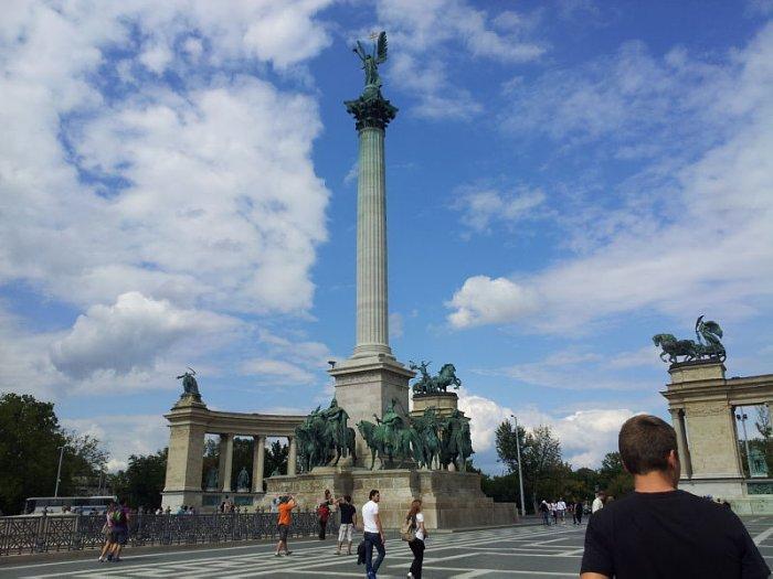 Будапешт памятник тысячелетия Венгрии