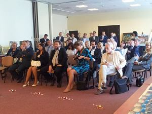 Посол Казахстана в Литве и Латвии Бауржан Мухамеджанов на встрече в Дипломатическом экономическом клубе