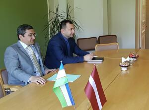 Meeting in the Embassy of Uzbekistan in Latvia with members of the board of directors the Diplomatic Economic Club
