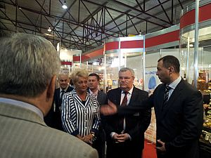 А. Matievsky, the director of Belarussian National Food Industry enterprise in Latvia, the Ambassador of Belarus А. Gerasimenko