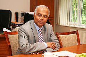 Чрезвыйчайный и Полномочный Посол Народной Республики Бангладеш Др. Cэйфул Хог