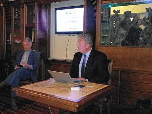 Жан Кристоф Сталенс на встрече в Дипломатическом экономическом клубе в Риге
