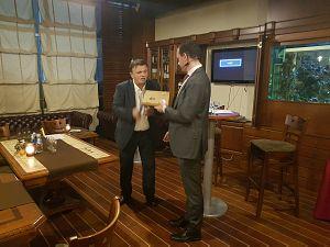 Анатолий Бутенко и Томас Кастрел в Дипломатическом экономическом клубе