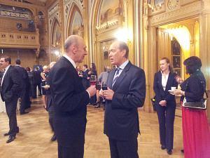 Посол Украины Анатолий Олийнык иПосол России Александр Вешняков