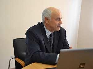 Профессор  Валерий Ролдугин