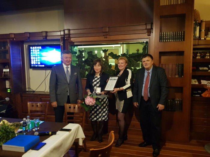 Баружан Мухамеджанов, Жазира Мырзакассимова, Александра Чизмадиа, Анатолий Бутенко