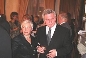 Евгений Тихонов