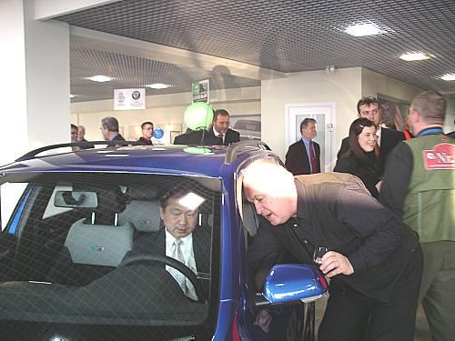 ќткрытие автосалона Ўкода в –иге