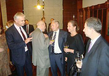 Встреча вДипломатическом клубе вРиге