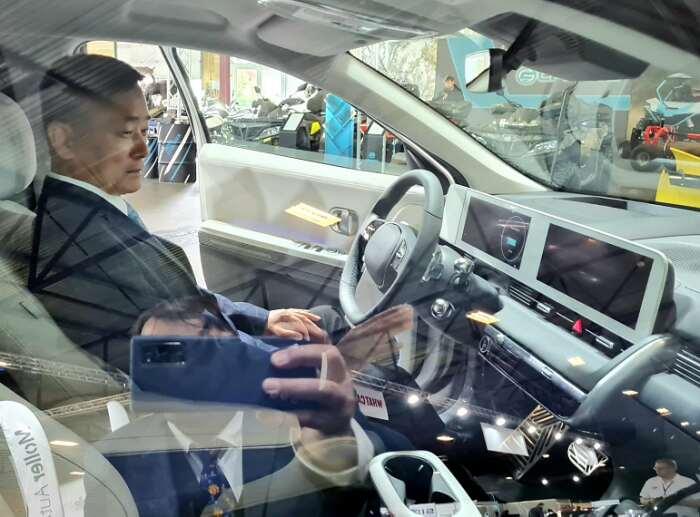 Auto 2021 Riga  Посол Республики Корея Шонгджин Хан