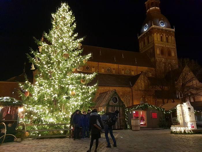 Рождественская елка. Домская площадь Рига