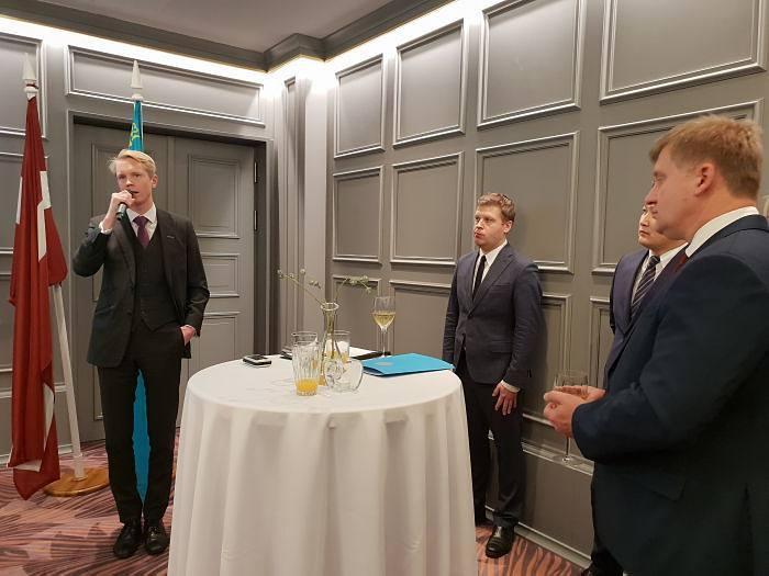 Вечер по случаю празднования Дня первого Президента Республики Казахстан. Председатель правления PNB Bank Оливер Брамвелл