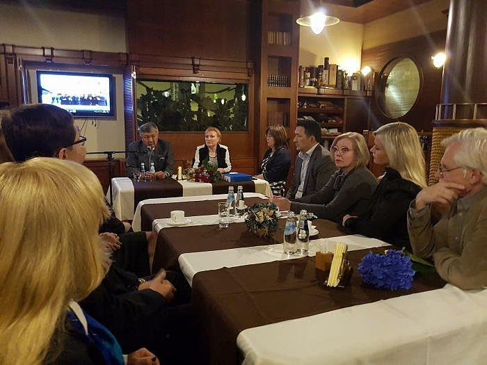 Встреча вДипломатическом клубе сПослом Казахстана 16 октября 2017 вРиге