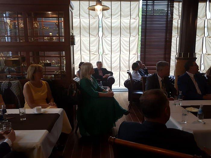Развитие коммерческого потенциала СМП. Встреча вДипломатическом клубе вРиге