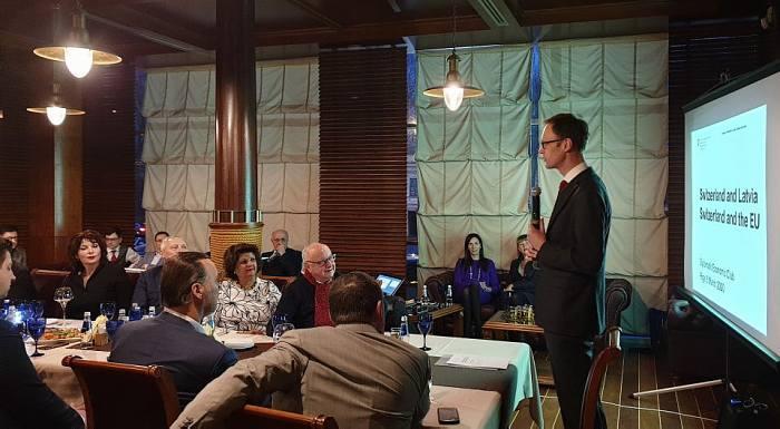 Посол Швейцарии К. Обленский вДипломатическом экономическом клубе 5марта 2020